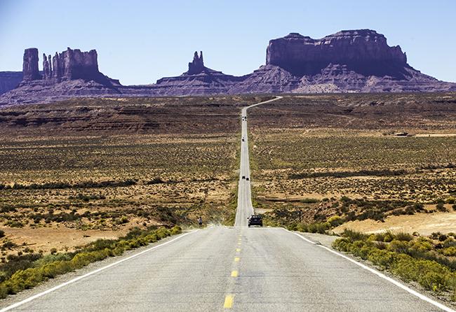 1 Straße zum Valley